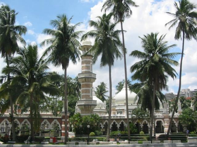 этом отзывы туристов о ккуало лумпуре тёплым предбанником
